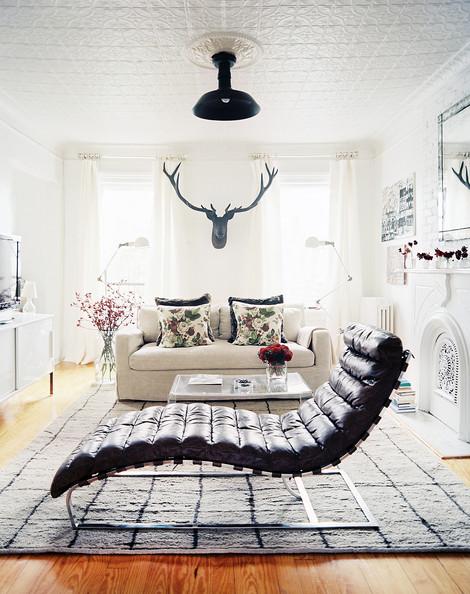 Michelle+Adams+leather+chaise+linen+couch+mIJkShtXJU1l